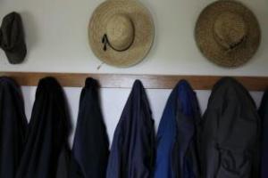 amish coats and hats