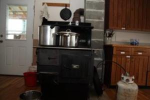 amish cookstove